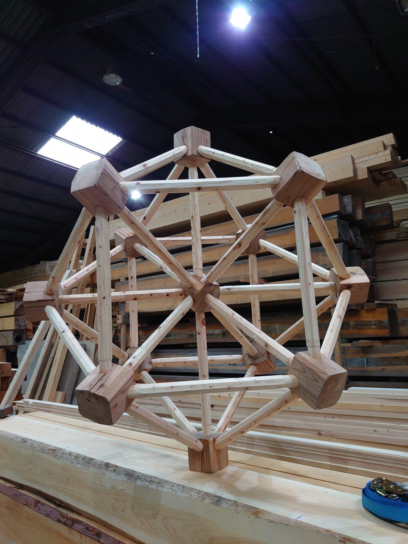 特殊建築 幾何学立体木造建築